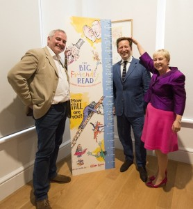 Chris Riddell (L), Ed Vaizey (C - discovering he's the same height as a Twit, honestly) and Sue Williamson at the official Big Friendly Read launch.